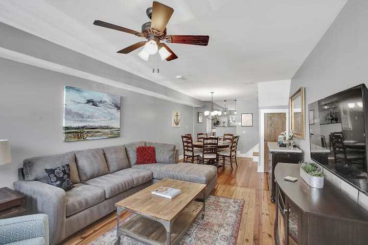 Newly Renovated Historic Home, Heart of Downtown!