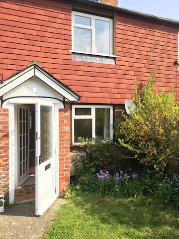 Sunny Cottage - Flimwell - Huis