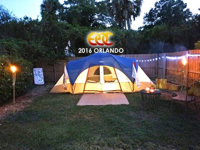 EDC camp at MiniResort 3 blocks from EDC