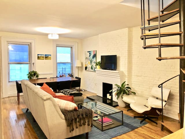 Large Greenwich Village 1 Bedroom w/ Private Roof