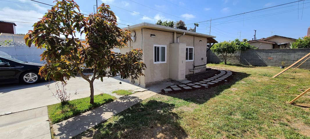 1C. Lovely Cottage by Beach Free WiFi LAX Redondo