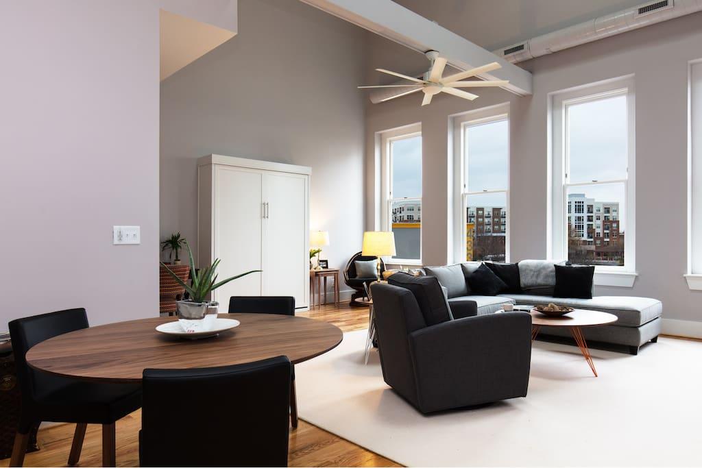 Living room dining room.