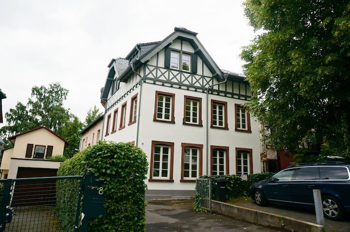 Very nice flat in central Kronberg