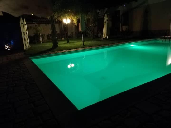 Villa Oasi con piscina ESCLUSIVA