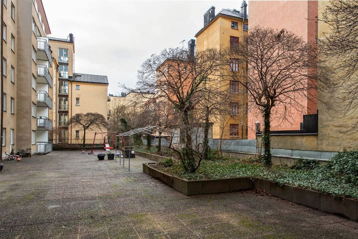 Apartment with patio on Södermalm