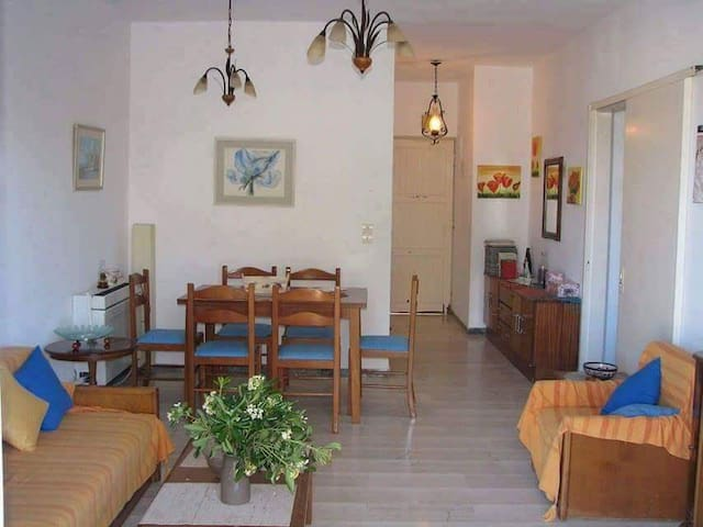 Moraitika apartment