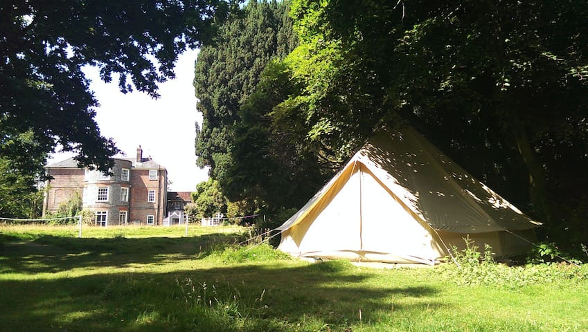 Glamping Tents | Beautiful Grounds | Firepit | +++