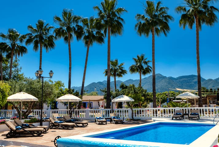 The Palms Boutique Resort Malaga | Room #4