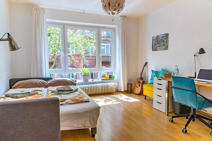 Nice room close to Rhine and Citycenter - Mainz - Apartamento