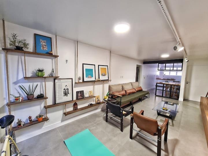 Apartamento Artístico - a/c, garagem