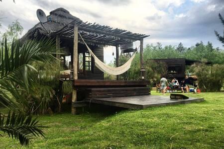 Cabaña balinesa en el delta - Tigre