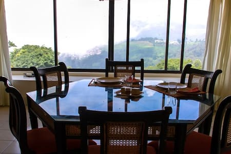 Camellia Heights Apartment 1 - Coonoor