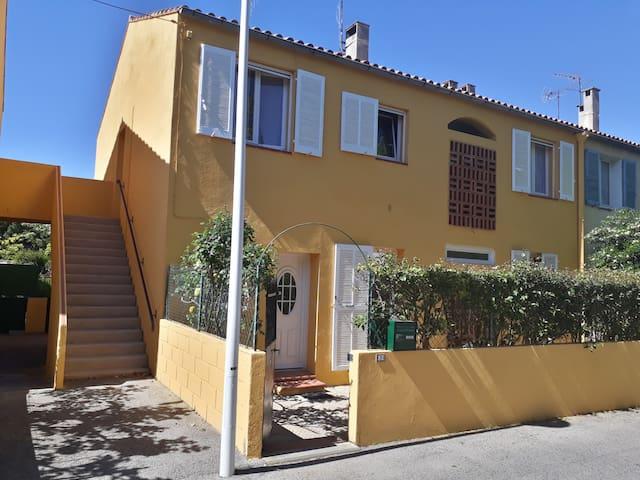 Appartement spacieux St Cyr sur Mer - Saint-Cyr-sur-Mer - Apartmen