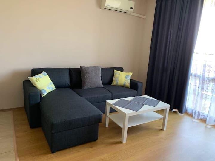 Brand new 1BD apartment