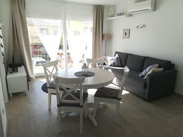 Apartamento en L'Estartit 100 m de la playa.