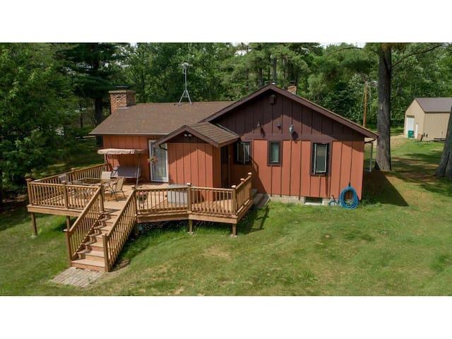 Whispering White Pines Cabin