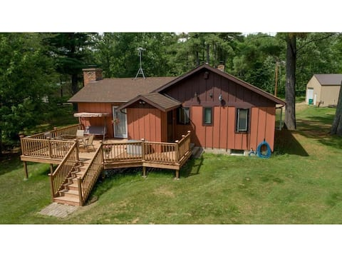 Whispering White Pines Cabin
