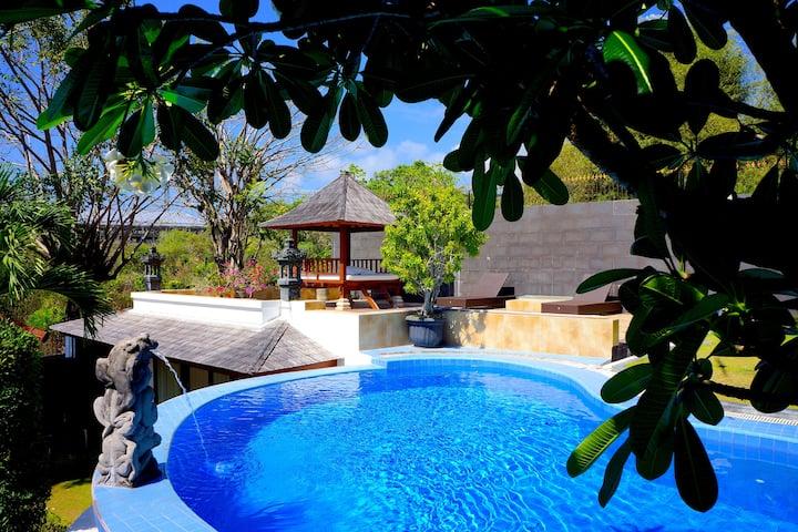Spacious Tropical 2BR Villa in Beautiful Nusa Dua