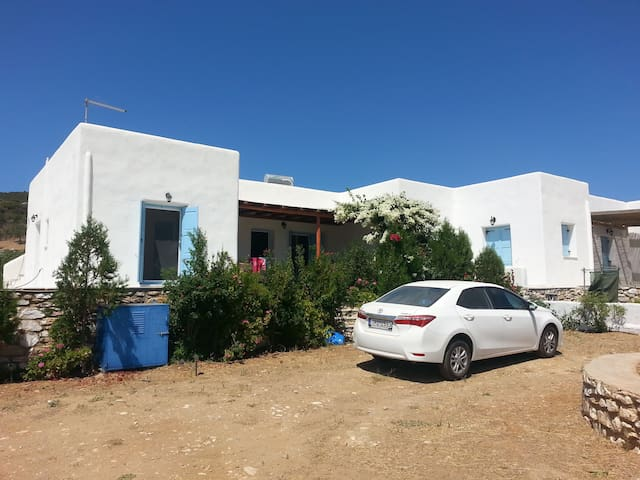 Luxury, cozy country side villa on Paros - GR - Villa