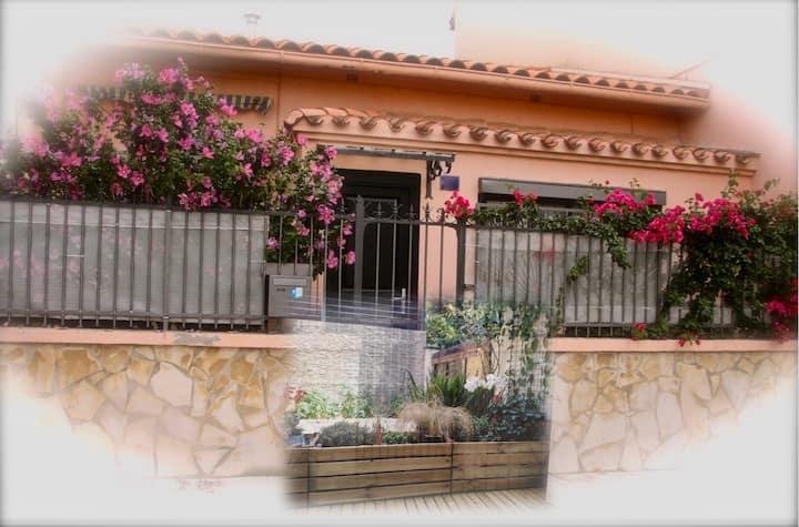 Chambre dans maison de ville avec petit jardin