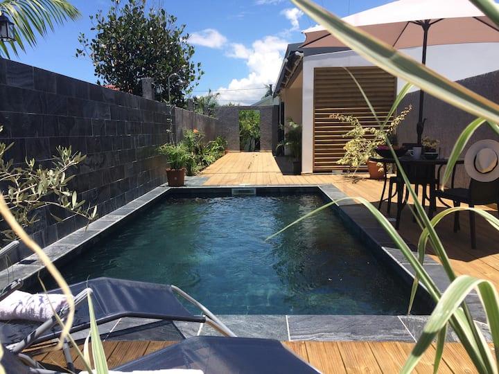 Villa F4 au calme avec piscine, ST PIERRE-REUNION