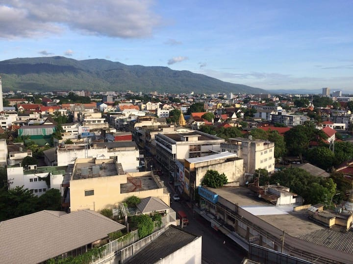 Central Location - Fantastic Views of Doi Suthep