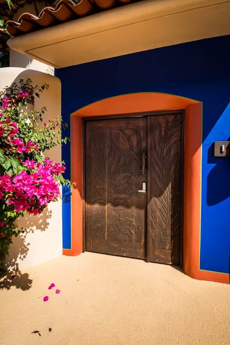 Entry to Villas Los Arcos