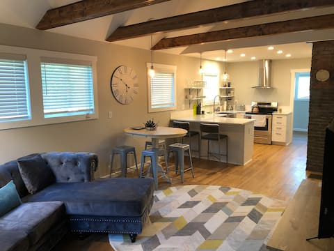 Catawba House- (minutes to Downtown Brevard)