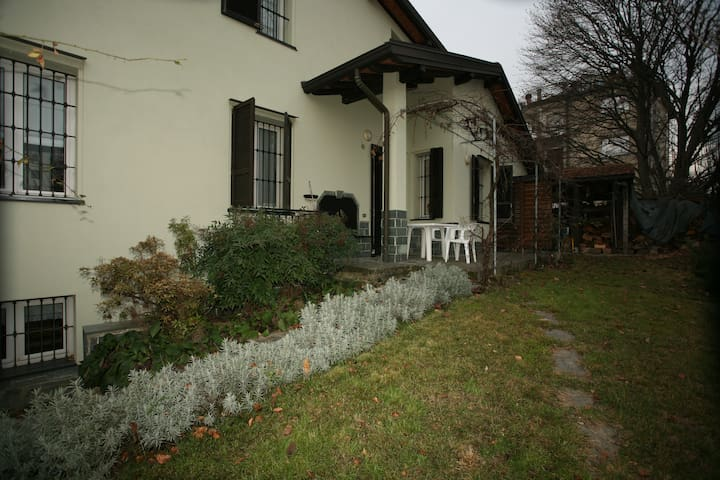 family house in Brianza, between Monza and Como.