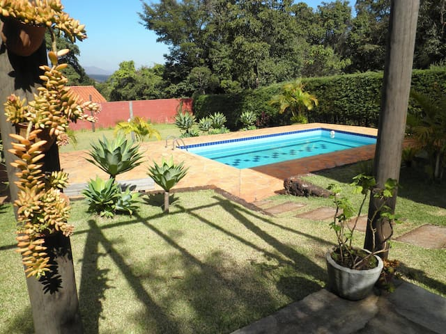 Rent beautiful country house Inhotim e B.Horizonte - Brumadinho - Casa