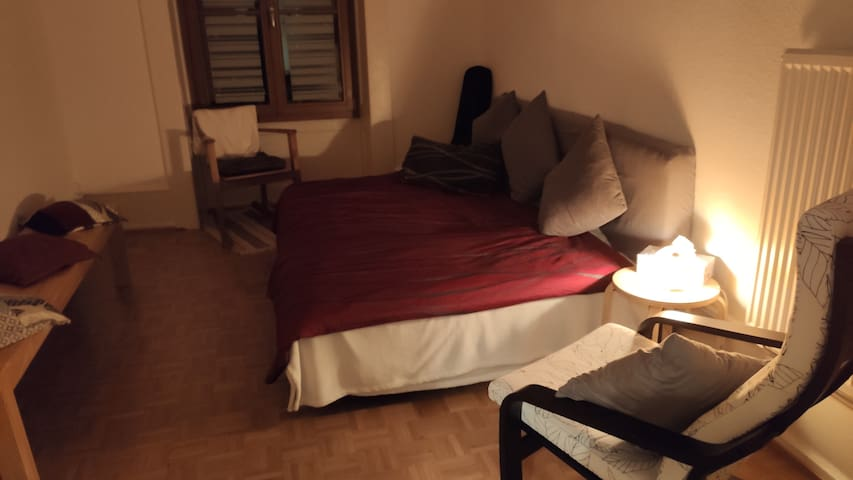 Gästezimmer in Paquis