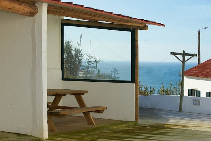 Azenhas do Mar House 3