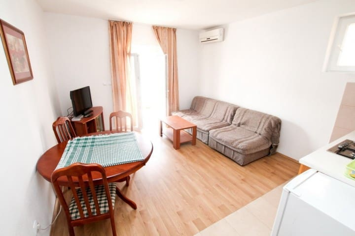Apartment in Žanjica with a balcony with sea view - Herceg Novi Municipality - 公寓