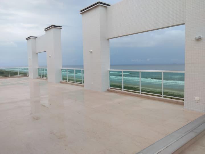 Studio in front of the beach