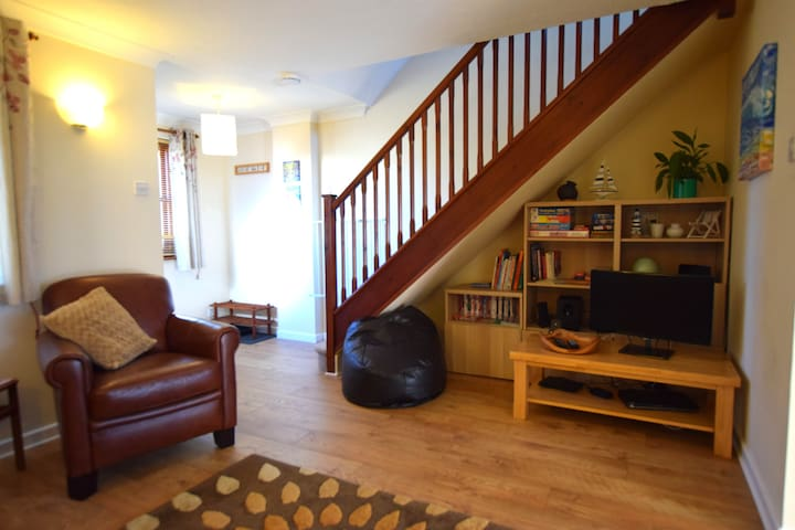 Ocean Bliss Family Holiday House, Croyde sleeps 4 - Croyde - Hus