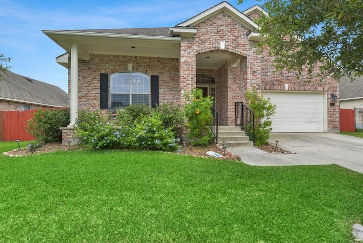 Spacious Home, in beautiful gated community
