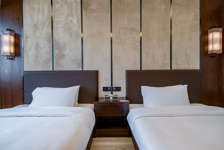 蔚徕酒店建水古城店