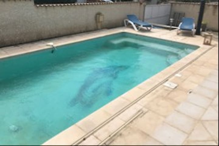 2 chambres chez l'habitant avec piscine