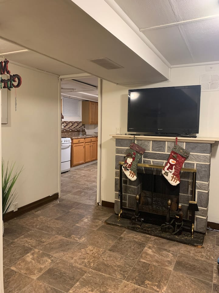 NICE AND COZY NEAR ABE AIRPORT AND LV MALL