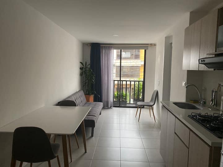 203. Apartamento en  Laureles