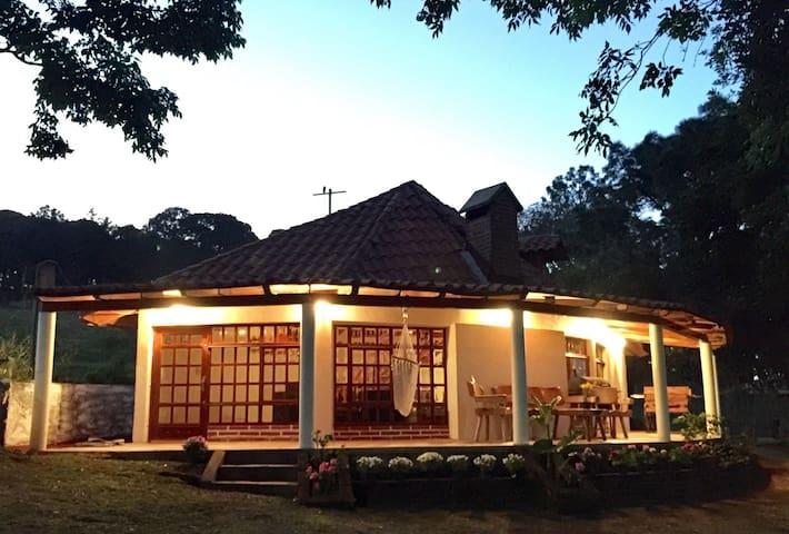 Cabaña La arboleda Mazamitla - Mazamitla - Houten huisje