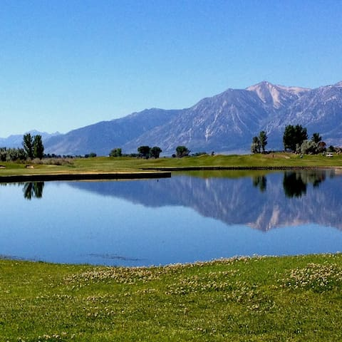 MEMORABLE GOLFING RETREAT & SCENERY - Minden - Casa