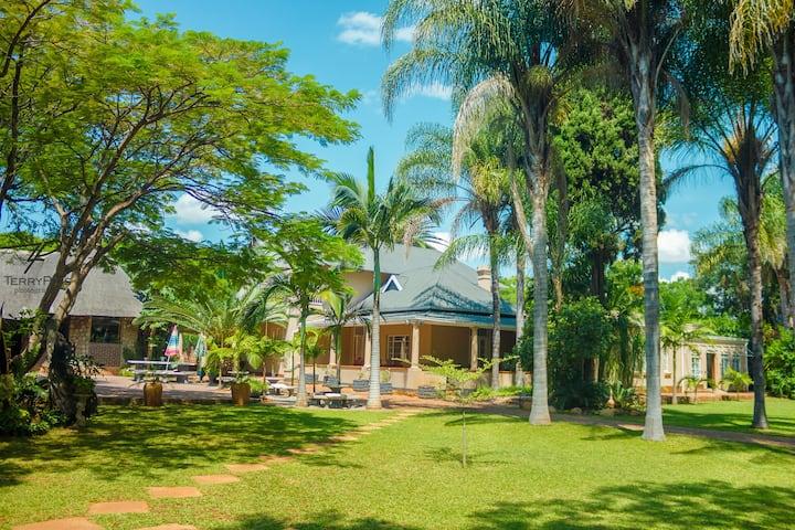 Ndlovukazi Bulawayo Villa suite 10