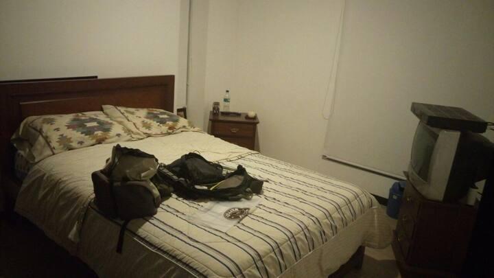 Clean & private room, english spoken