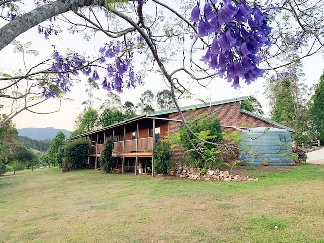 Tranquil Tyalgum Country Retreat