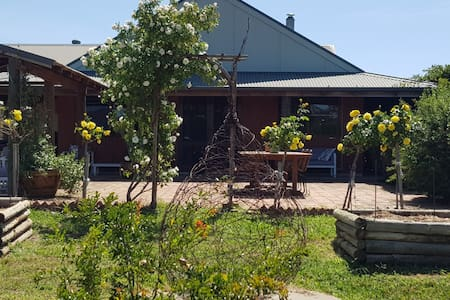 Shawwood Cottage