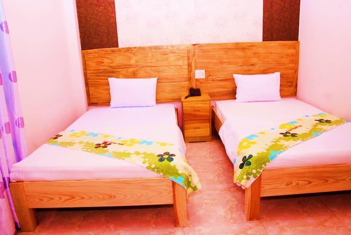 Flower Twin room at Dalat Garden