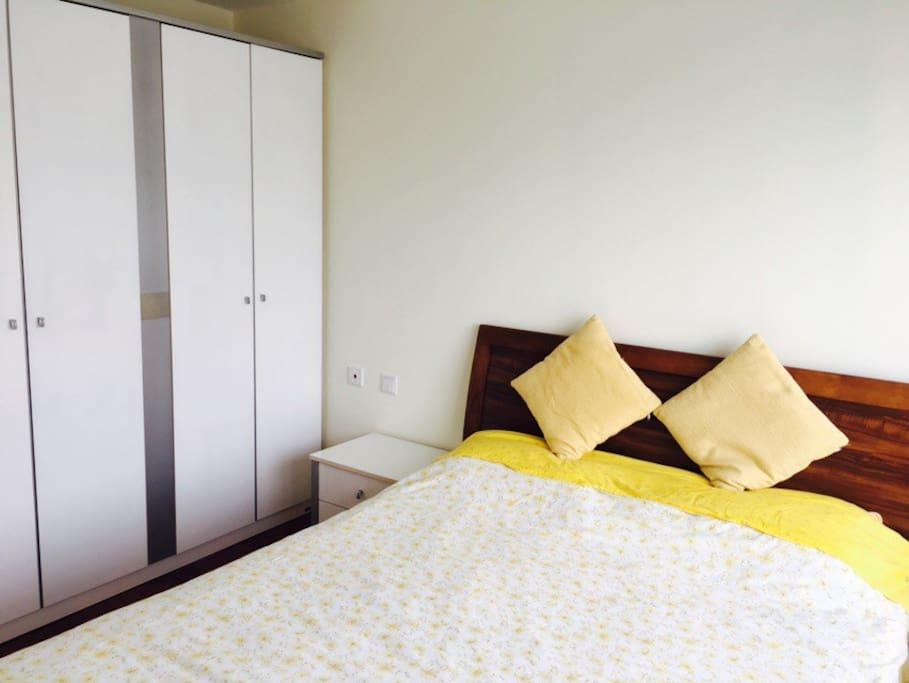 Cozy bedroom 1/温暖的卧室1