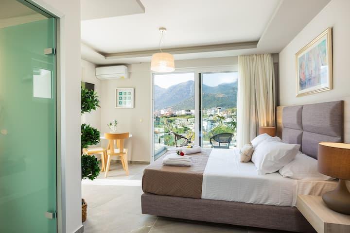 Superior Studio in Akrogiali hotel-Stunning view!