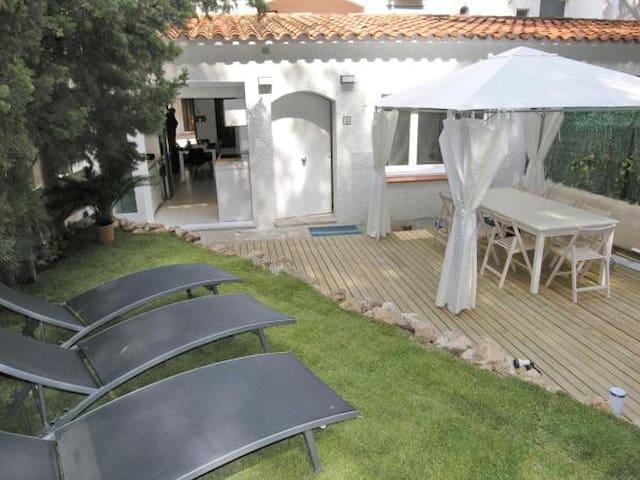 Casa con terraza a 50 metros de la playa